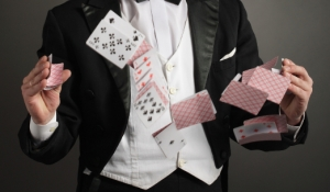 blue-spark-event-design-walk-around-magician-entertainment