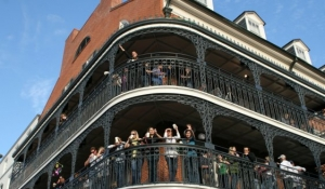 Blue Spark Event Design - New Orleans - Mardi Gras with balconies