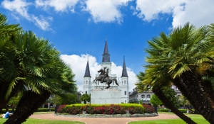 blue-spark-event-design-new-orleans-jackson-square