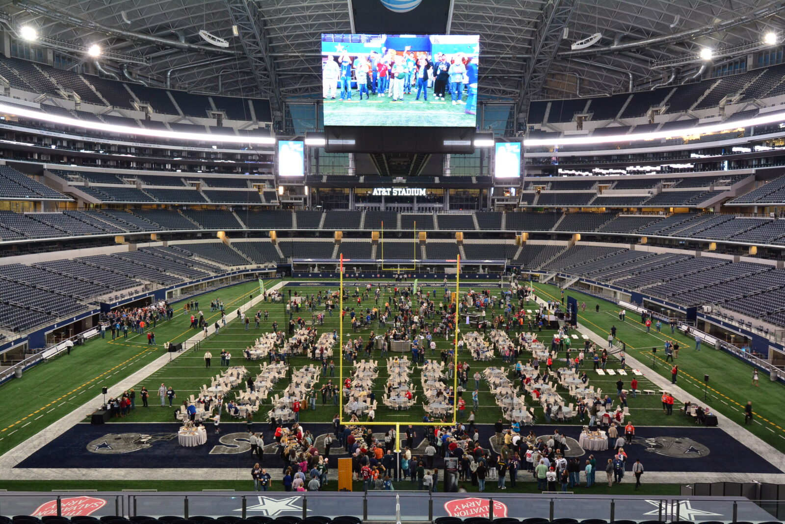 Party On The Field At Dallas Cowboys At Amp T Stadium Blue